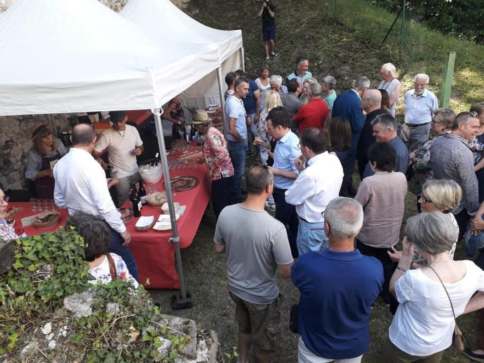 Traditionnelle «fête du Clos» à Mantes-la-Jolie