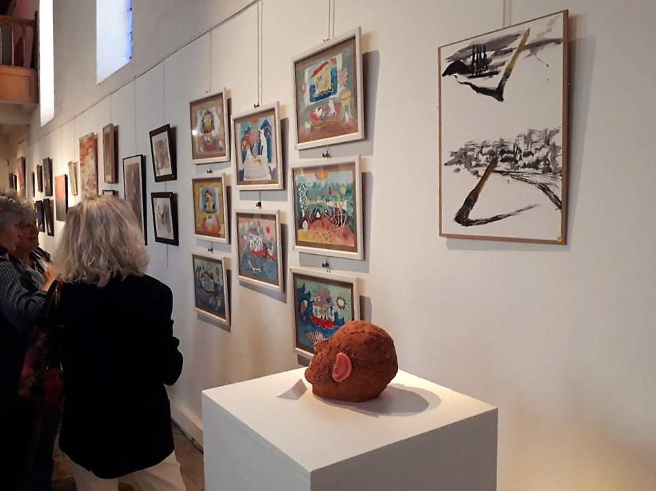 Exposition des travaux réalisés par les élèves du Centre d'Arts Abel Lauvray à la Chapelle Saint-Jacques de Mantes-la-Jolie