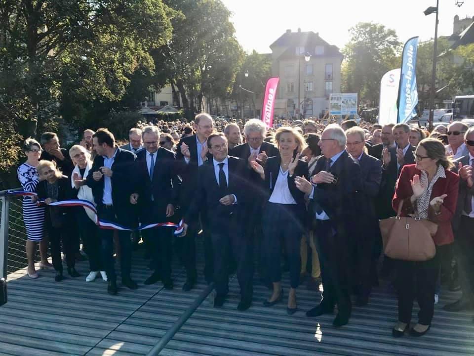 Inauguration de la passerelle de Mantes-la-Jolie.