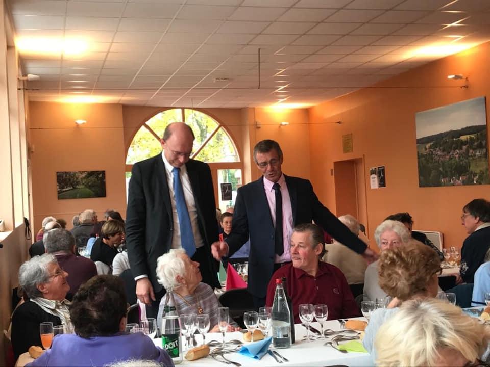 Déjeuner pour les seniors de la commune de Oinville-sur-Montcient