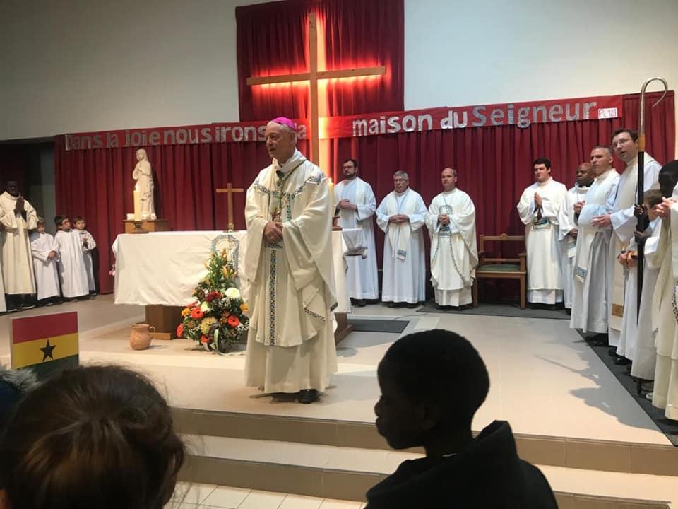 Messe pour le 50ème anniversaire de l'église Saint-Baptiste au Val Fourré