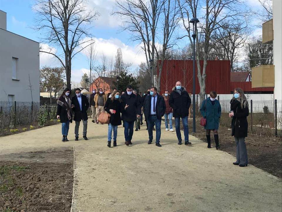 Inauguration du mail piéton « Les jardins de la Tour » à Magnanville